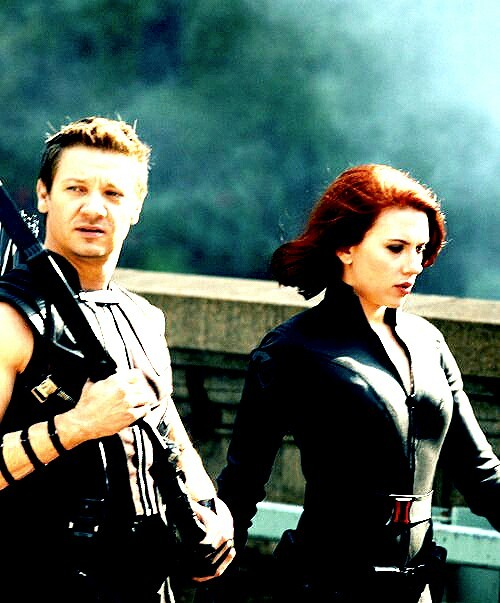 Black Widow & Hawkeye   <3