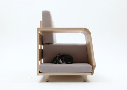 Dog house sofa (via munseungji)