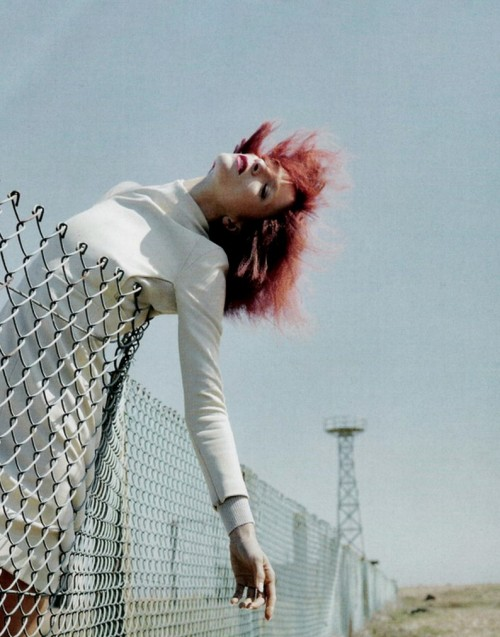 nomecalles:  Mariacarla Boscono by Emma Summerton, Vogue Italy September 2010