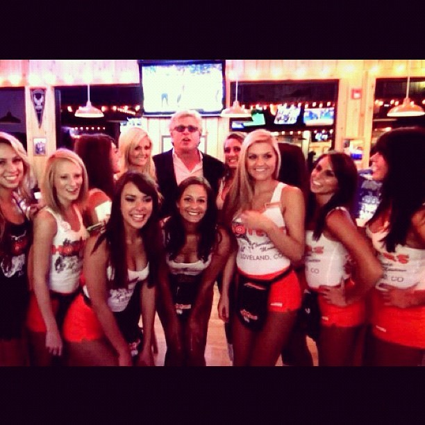 Ron White loves Hooters www.viddy.it/VkueIZ #viddy #redneck #comedy #hooters