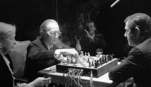 awesomepeoplehangingouttogether:  Marcel Duchamp and John Cage, Toronto, 1968  Easy coolest picture ever.