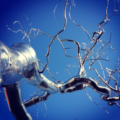 Árbol de metal en otoño (at National Gallery of Art Sculpture Garden)