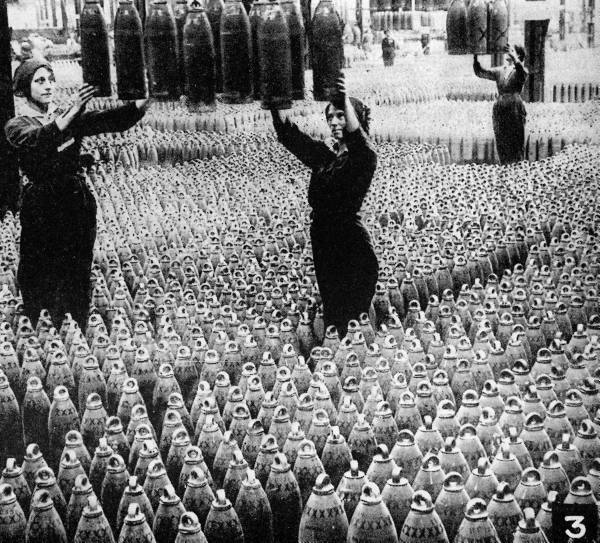 collective-history:  British women working in arms factory during World War I ca. 1914