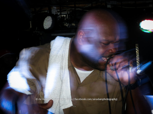 Bumpy Knuckles @ NQ Live, Manchester, 21/10/12 Great show alongside the man DJ Premier. This is how it should be done.