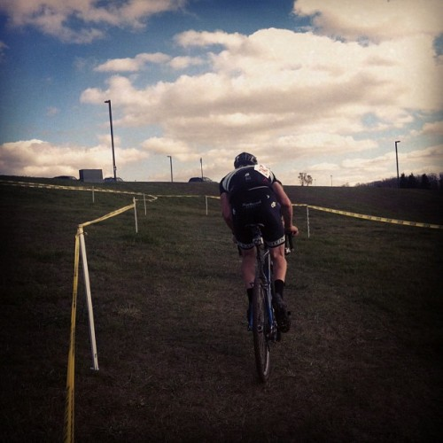 codysovis:  Into the clouds. @jordenwakeley  Cross butt!