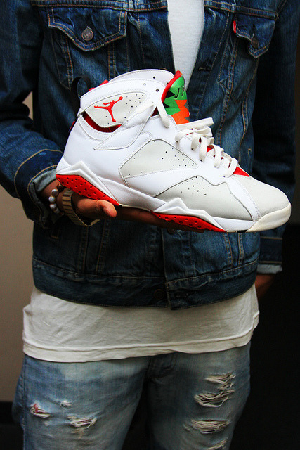 thisis-bella:  White fresh J's