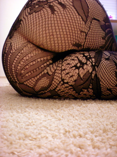 alexandhissubmissivepet:  I bought something new. Again. -Pet