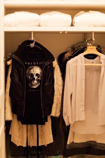 Classy,Clothes,Clothing,Coat,Fashion,Fur,Girl,Shirt,Jacket,Skull,