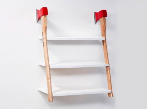 Awesome shelf design using 2 axes to fix it to the wall. Done by Max Kuwertz et Yanik Balzer.