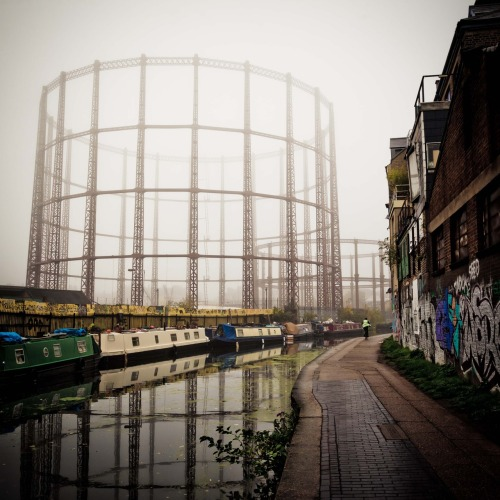 365.163 London Fog on the Regent's Canal http://www.spongeville.com/2012/10/london-fog.html
