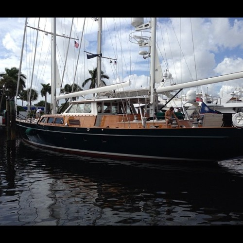 #yachts #flibs classic sail very nice (at Bahia Mar Hilton Fort Lauderdale)