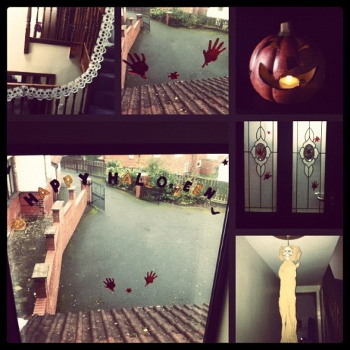 We've decorated the house for halloween :):) #halloween #decorations #pumpkin #scary #october #autumn