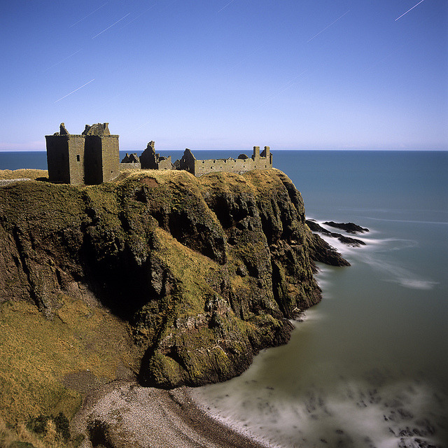 hasselblads:  Dunnottar Castle cliffs by dan barnett on Flickr.