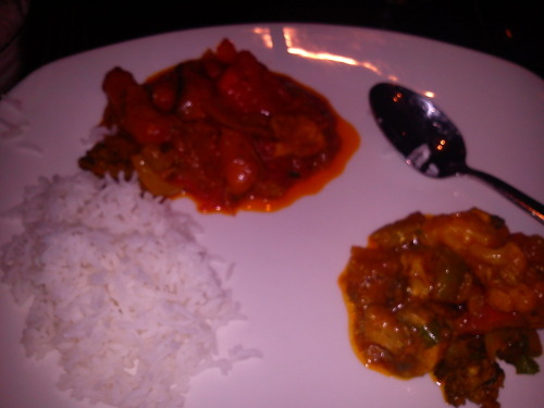 food at restaurant: rogan josh with vegetables plus boiled rice, and dupiaza