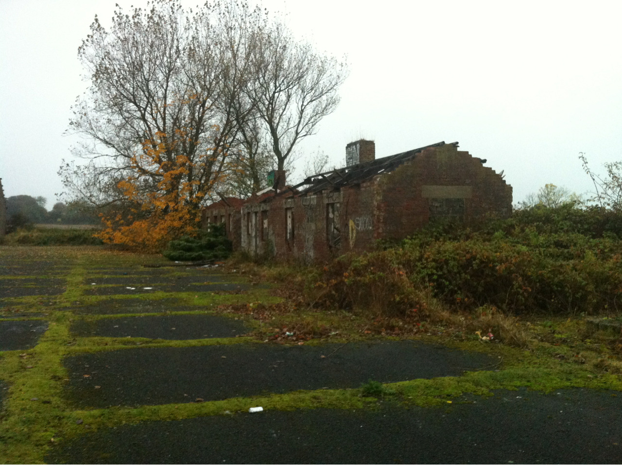 Anti Air Depot - East Boldon, North East EnglandTaken by Jessica Ray (abandoned-but-loved) The cottages on the complex where workers would stay over night to fix trucks, Spitfires and such.