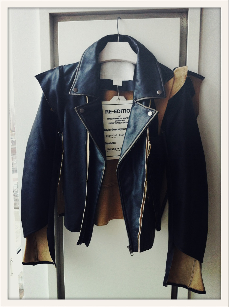 vogueparis:  Veste de biker ajusté, collection Maison Martin Margiela pour H&M