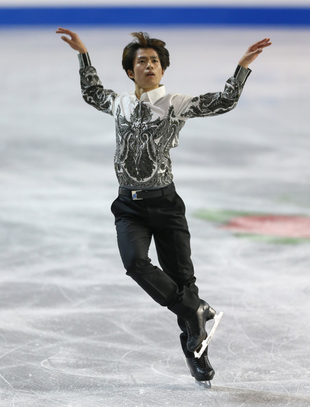 Tatsuki Machida's short program costume at the 2012 Skate America.