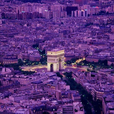 highgradelover:  Paris at dusk… #city #awesomesight #purple #monument #lights :)