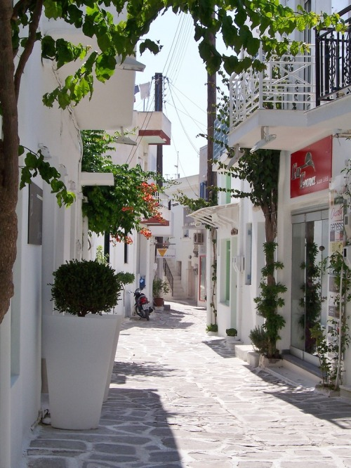 A beautiful street of Paros island