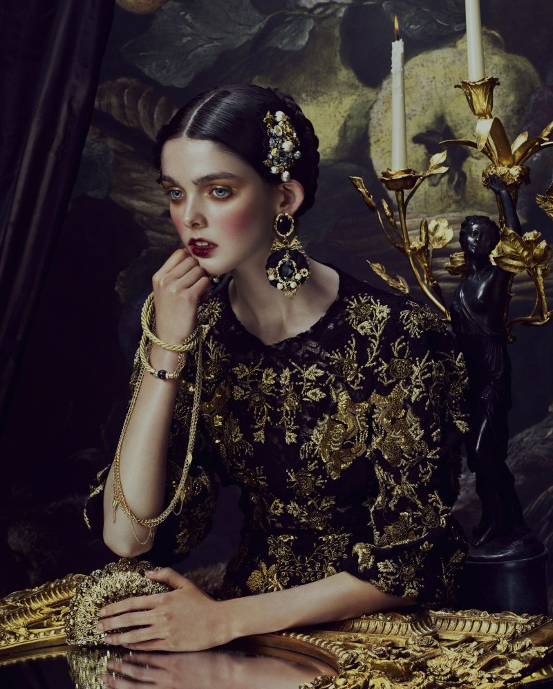 Ornate Expectations How to Spend it Magazine Fotografía de Andrew Yee y estilismo de Damian Foxe. ….. Photography by Andrew Yee and styling by Damian Foxe.