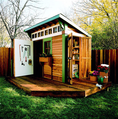 What a cool little shed.