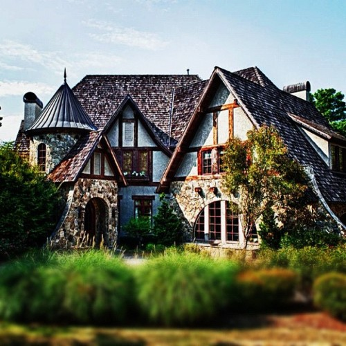 Storybook cottage cottage design architecture for Cottage style architecture