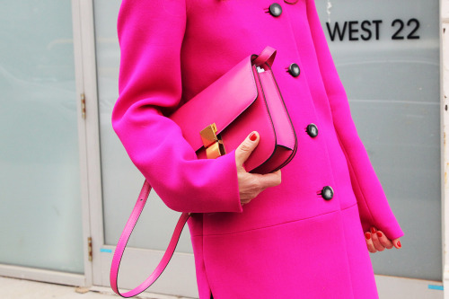 This fall/autumn season is definitely all about a bright coat!
