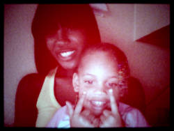 i love thiss lil girl