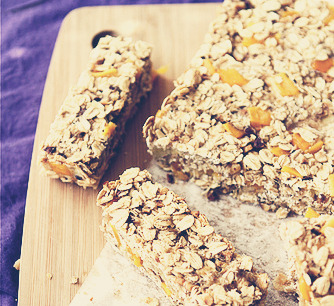 Low Fat Granola Bars with Mango, Hazelnut & GingerIngredients 2 1/3 cups old-fashioned oats 1/2 cup chopped hazelnuts 2 large, ripe bananas 1/2 cup unsweetened applesauce 1/2 cup chopped dried mango 1 tbsp ground flax seed (or flax meal) 3/4 tsp ground ginger 1/4 tsp salt Instructions Preheat oven to 350 degrees. Line a 8- by 8-inch baking pan with parchment paper, with about 1 inch of parchment paper overlapping the sides. Spread out the oats and chopped hazelnuts on a baking sheet. Place in the oven until they are lightly toasted, stirring occasionally, 6 to 8 minutes. Watch carefully so they don't burn. In a medium bowl, mash the bananas with the back of a fork. Stir in applesauce until combined. Transfer the oats and hazelnuts to a large bowl and stir in dried mango, ground flax seed (flax meal), ground ginger and salt. Stir the banana mixture into the oat mixture until well combined and starting to clump together. Transfer to the prepared baking dish and press down evenly. Bake until the bars are golden brown and starting to separate from sides of the pan, about 30 minutes. Let cool on a wire rack for 15 minutes. Use the parchment paper to lift the bars out of the pan. Let cool to room temperature, then cut into bars. Cover and refrigerate for at least 1 hour before serving. Store in an airtight container in the refrigerator.*Drizzle lightly with honey if preferred. Original recipe on cookincanuck :)