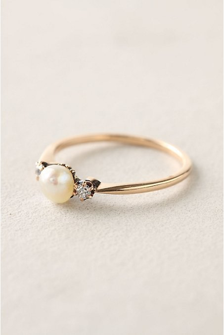 Pearl engagement ring tumblr for Pearl engagement ring with wedding band