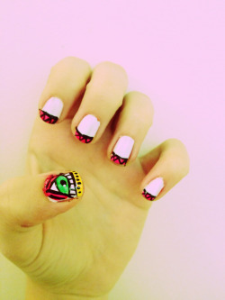 britch:  Aztec nails all done