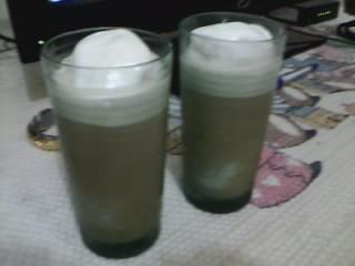 this is my very own homemade frappe….its really good…