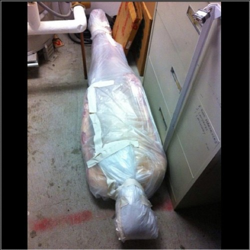 Oh the things I find in the Prop Room 😳 #deadbody #Yonadab #prop #happyHalloween #lookstooreal #theater18problems  (at Santa Monica College)