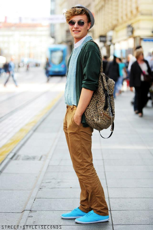 what-do-i-wear:  (image: Street.Style.Seconds)  No need for the tigger bag