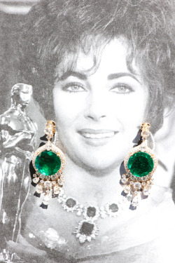 Liz Taylor's 1964 wedding gift: Emerald Bulgari Earrings
