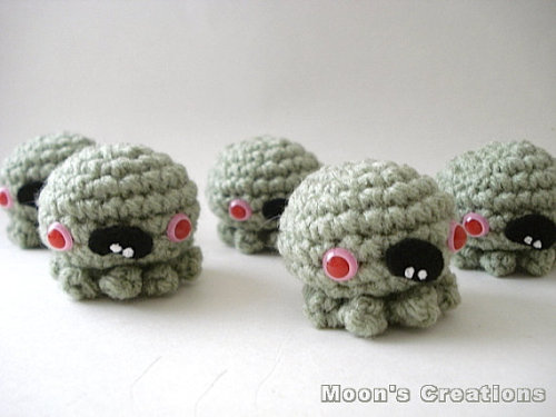 Zombie Octopus Amigurumi Undead Cephalopod by MoonsCreations