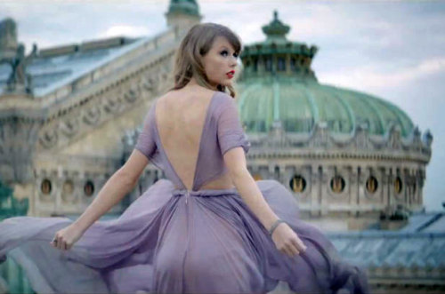 "Taylor Swift decides to ""Begin Again"" in Paris! Watch her new video here."