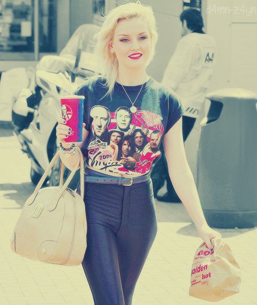 amazing Perrie Edwards♥