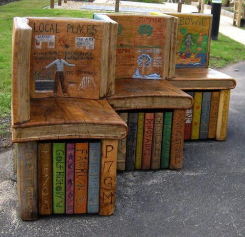 books bench