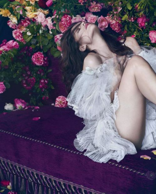 Laetitia Casta for Flair November 2012