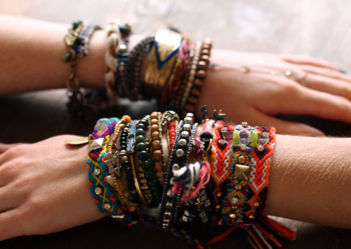 freepeople:  fall arm festival!  Bracelets :Accessory inspiration