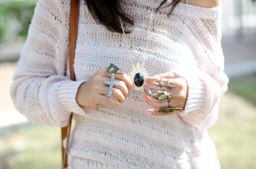 forever-and-alwayss:  I love her top.