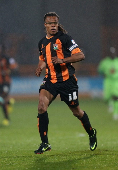Pictured here is Edgar Davids… Yes Edgar Davids now of Barnet wearing the Nike Vapor VIII football boot. He has stayed loyal to Nike and the Vapor line.
