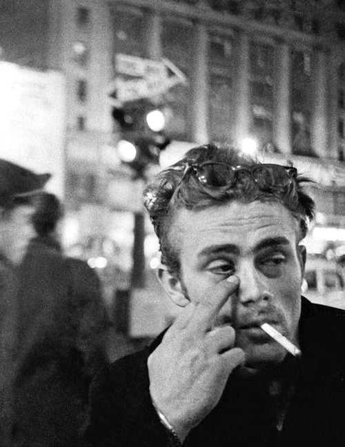 jamesdeandaily:  James Dean photographed by Dennis Stock in NYC, 1955.