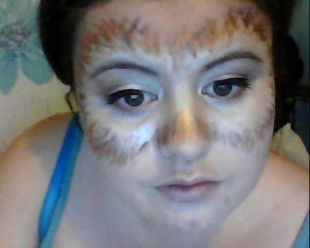 hannah-noodles:  what do you think of my owl make up for halloween? im probably going to get some yellow contacts to go with it and add some real feathers