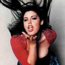 Actress and plus size model Mia Tyler. Half sister of actress Liv Tyler… And she's a wee bit more gorgeous #miatyler #livtyler #plussize #model #actress