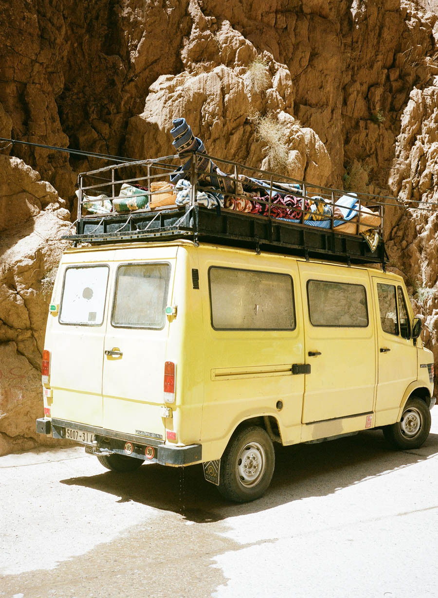 An adventure mobile in Morocco, 12fv