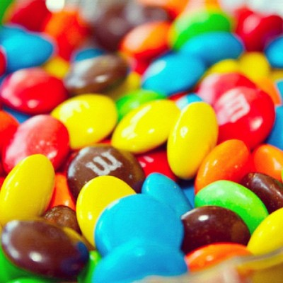 peaceloveswim1:  Yum!!! #m&ms#colorful#candy#chocolate#fat#skinny#fashionista#halloween#bowl#style#fashion#pretty#fall#yum#funny