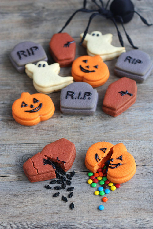 "nidneung123:  Trick-Or-Treat Cookies for Halloween  From ""not martha"" http://www.notmartha.org/archives/2012/10/18/trick-or-treat-cookies-for-halloween/"