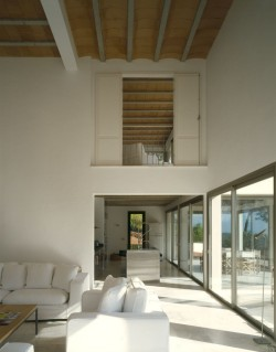 remash:  house in valle de morna | living ~ blacam and meagher architects
